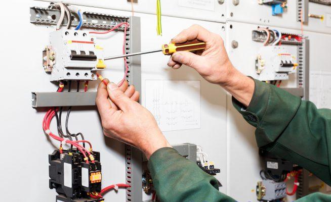 Thhi công lắp đặt điện nước